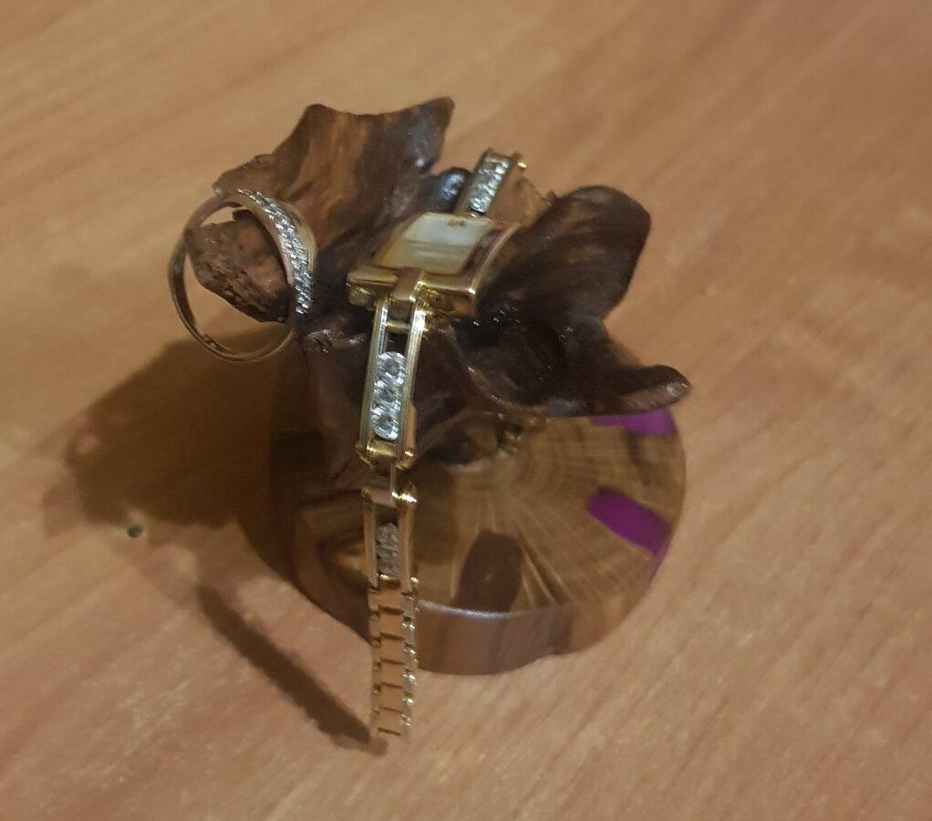 Gredzenu - pulksteņu turētājs 009090065090